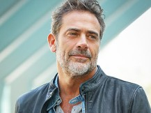 jeffrey-dean-morgan-01-320